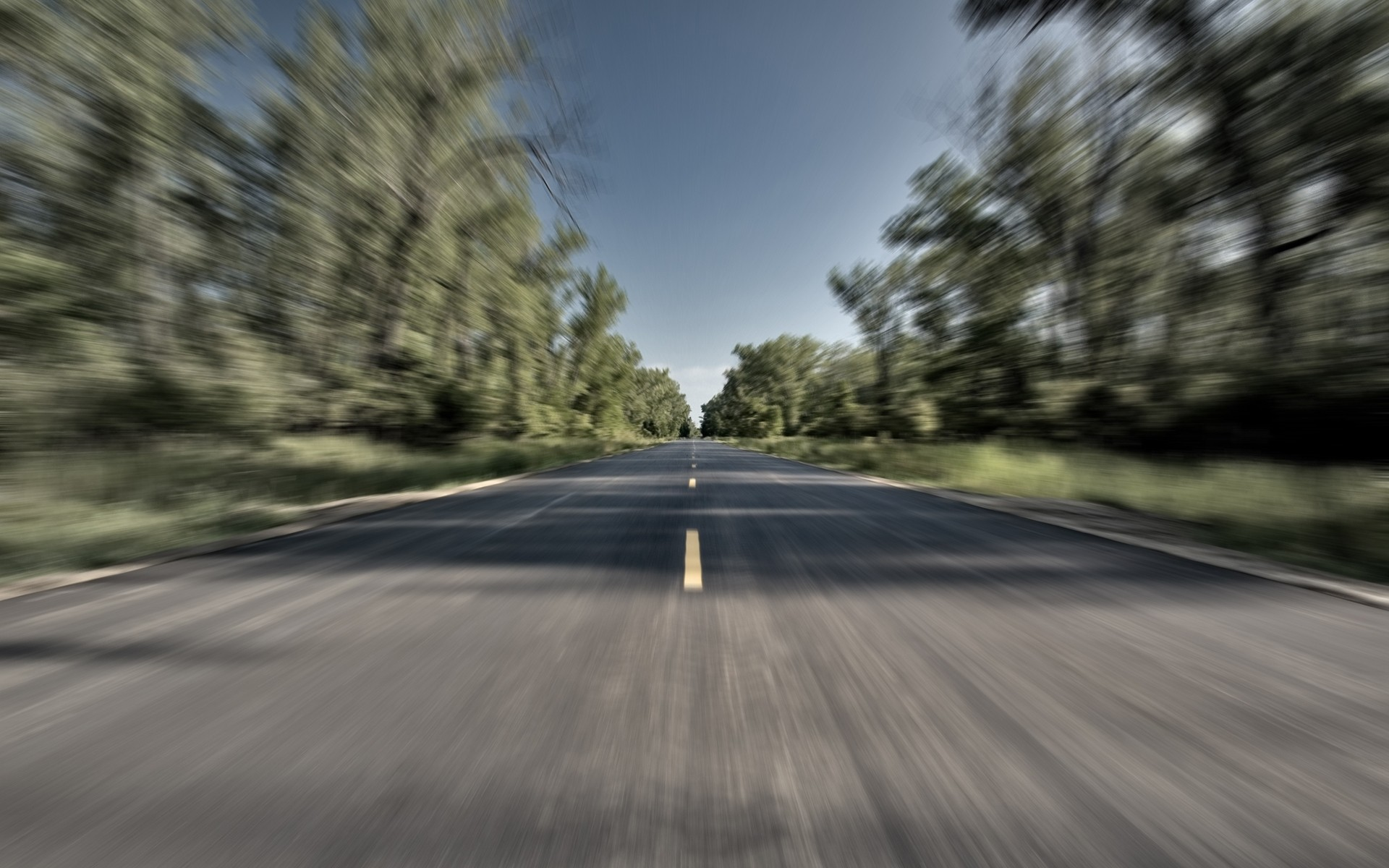 roads-driving_00258929